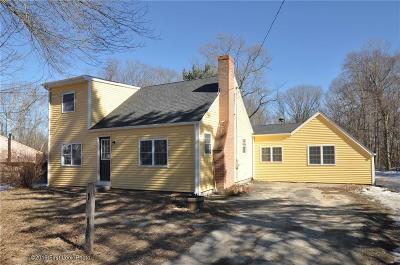 Glocester Single Family Home For Sale: 208 Sawmill Rd