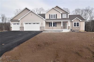 Smithfield Single Family Home For Sale: 74 Cedar Forest Rd