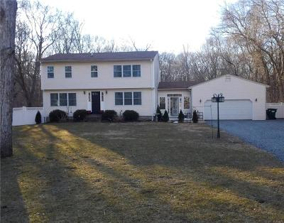 North Kingstown Single Family Home For Sale: 25 Burnt Cedar Dr