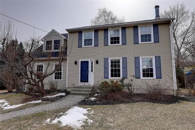 Bristol County Single Family Home For Sale: 9 Burr Av
