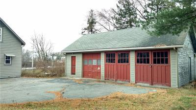 Seekonk Single Family Home For Sale: 914 Arcade Av