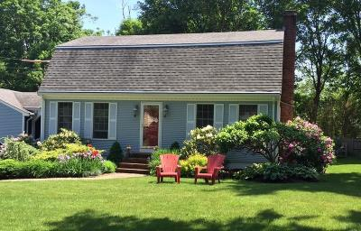 Bristol County Single Family Home For Sale: 13 Hillside Rd