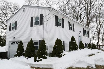 West Greenwich Single Family Home For Sale: 59 Mohawk Trl