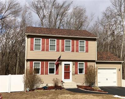 West Warwick Single Family Home For Sale: 83 Kulas Rd