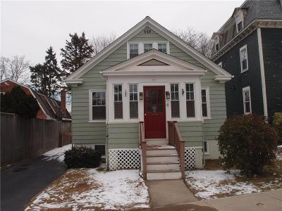 Newport County Single Family Home Act Und Contract: 6 Prairie Av