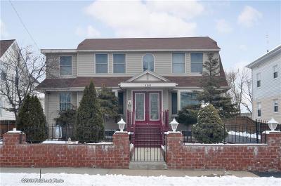 East Providence Single Family Home For Sale: 126 Central Av