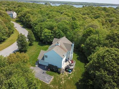 South Kingstown Single Family Home For Sale: 192 Day Lily Cir