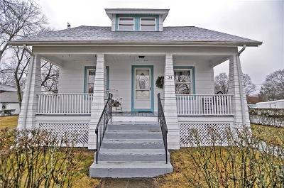 Seekonk Single Family Home Act Und Contract: 34 Ricard St