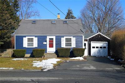 Middletown RI Single Family Home For Sale: $410,000