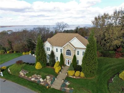 Tiverton Single Family Home For Sale: 164 Ford Farm Rd