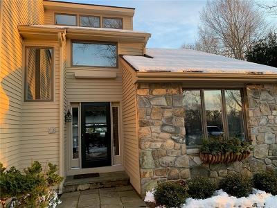 Westerly Single Family Home For Sale: 10 Spring Pond Rd
