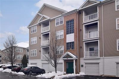 Woonsocket Condo/Townhouse For Sale: 106 Mill St, Unit#301 #301
