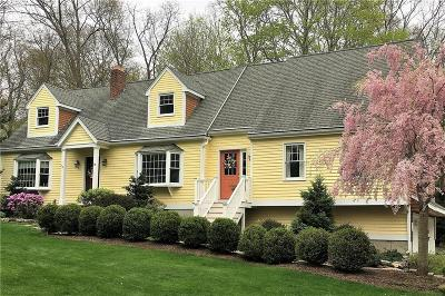 South Kingstown Single Family Home For Sale: 16 Parkwood Dr
