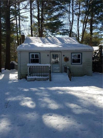 Glocester Single Family Home For Sale: 41 Centre Rd