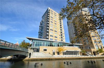Providence Condo/Townhouse For Sale: 100 Exchange St, Unit#1604 #1604