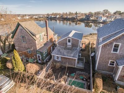 Portsmouth Single Family Home For Sale: 25 Marine Av