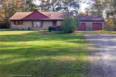 Single Family Home For Sale: 440 Asa Davol Rd