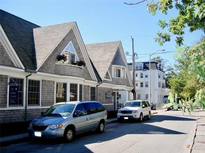 Newport County Condo/Townhouse For Sale: 11 Catherine St, Unit#b #B
