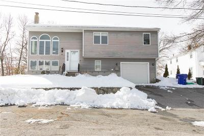 North Providence RI Single Family Home For Sale: $329,900