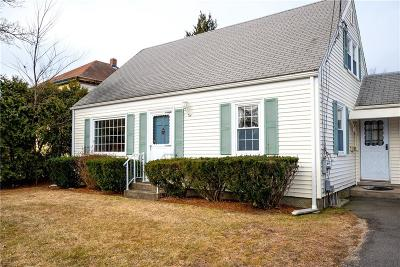 Barrington Single Family Home For Sale: 37 West St