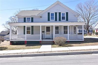 East Greenwich Single Family Home For Sale: 62 Somerset St