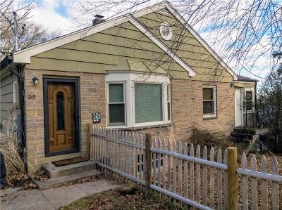 Lincoln Single Family Home For Sale: 95 Progress St