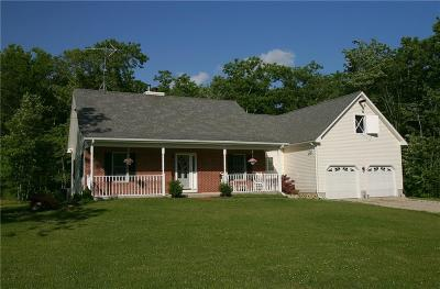 Tiverton Single Family Home For Sale: 1974 Crandall Rd