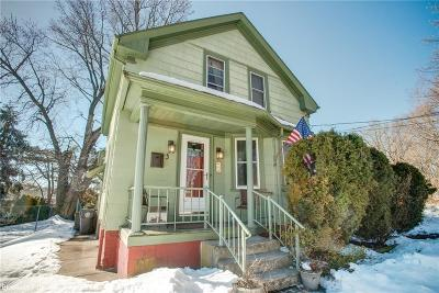 Cranston Single Family Home Act Und Contract: 3 Pomham St