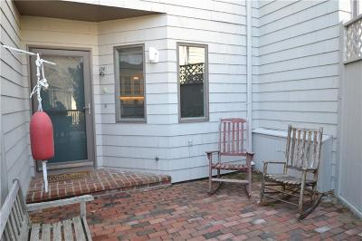 Bristol RI Condo/Townhouse For Sale: $324,500