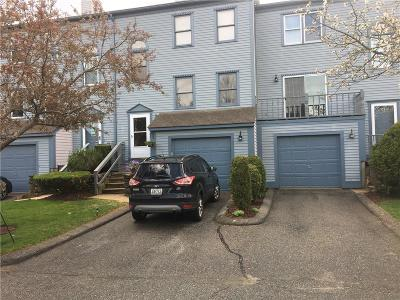 Warwick Condo/Townhouse For Sale: 1 Willow Glen Cir, Unit#14 #14