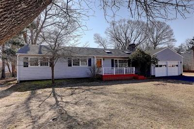 Barrington Single Family Home For Sale: 8 Puritan Av