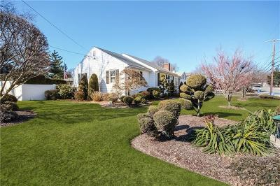 Johnston Single Family Home For Sale: 326 Cherry Hill Rd