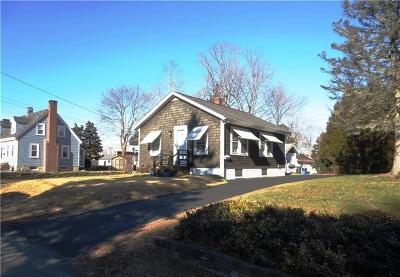 Barrington Single Family Home For Sale: 98 Promenade St