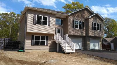 Providence County Single Family Home For Sale: 19 Charcalee Dr