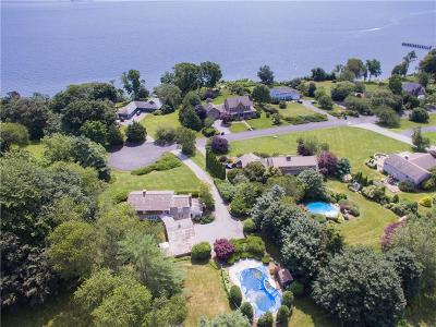 Portsmouth Single Family Home For Sale: 176 Heidi Drive
