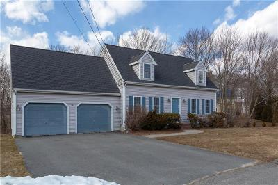 Attleboro Single Family Home For Sale: 74 Old Stagecoach Rd