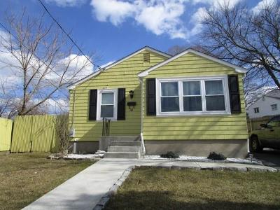 North Providence Single Family Home Act Und Contract: 14 Ann St