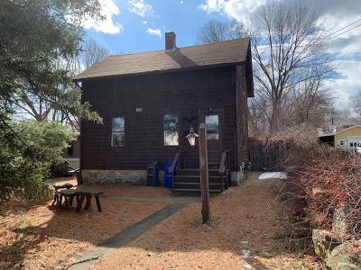 West Warwick Single Family Home For Sale: 90 West St