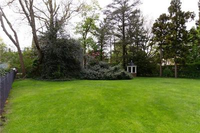 Newport RI Residential Lots & Land For Sale: $650,000