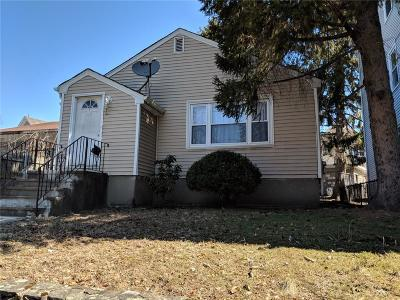 Providence RI Single Family Home For Sale: $175,000