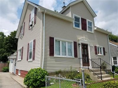 Lincoln Single Family Home For Sale: 70 Ash St