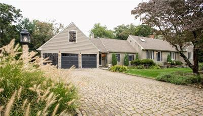 Barrington Single Family Home For Sale: 22 Fireside Dr