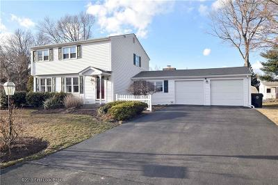 West Warwick Single Family Home For Sale: 44 Bay View Dr