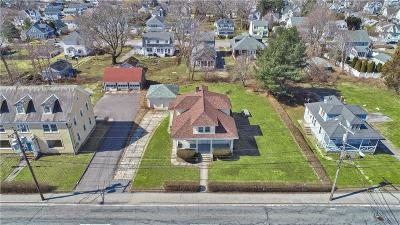 Washington County Single Family Home For Sale: 117 Granite St