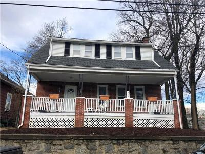 Woonsocket Single Family Home For Sale: 82 Gaskill St