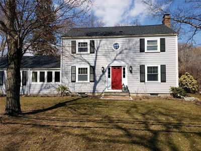 Barrington Single Family Home For Sale: 107 Ferry Lane