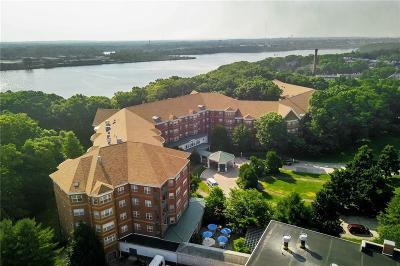 Providence County Condo/Townhouse For Sale: 355 Blackstone Blvd, Unit#422 #422