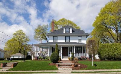 North Providence RI Single Family Home For Sale: $399,900