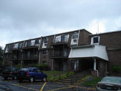 Warwick Condo/Townhouse For Sale: 752 Quaker Lane, Unit#a212 #A212
