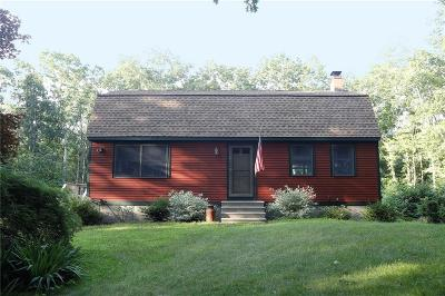 Scituate Single Family Home For Sale: 100 Quaker Lane